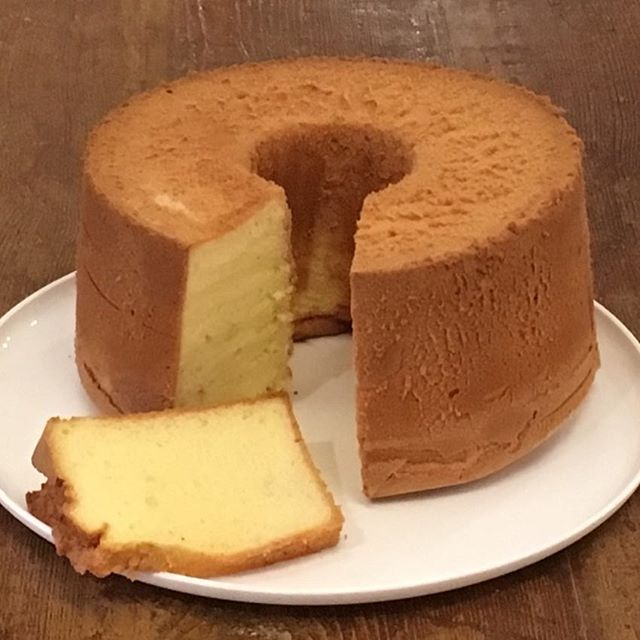 #emporter #accentstablebourse #chiffoncake #paris #restaurant #cadeaux #シフォンケーキ #パリ #お土産