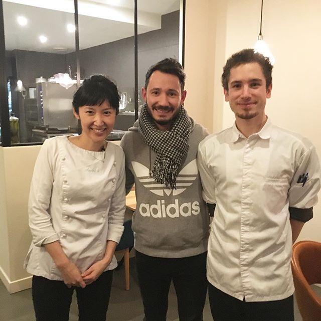 Merci beaucoup au chef patissier Cédric grolet .Et à Mr Nuytens pour être venus au Restaurant Accents #restaurant #accentstablebourse #patissier #cedricgrolet #dessert #meurice #パリ #レストラン #パティシエ