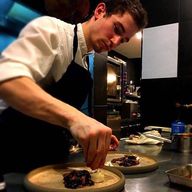 #accentstablebourse #chef #travail #cuisine #food #romainmahi #paris #bourse #パリ#restaurant #レストラン