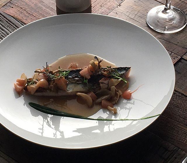 L'ENVERS DU DÉCORShooting ELLE GOURMET JAPON#accentstablebourse #ellegourmetjapon #dashi #gastronomy #shooting #gourmet #chef @romainmahi #ayumisugiyama #foodlover #foodie #picture #photography #instafood
