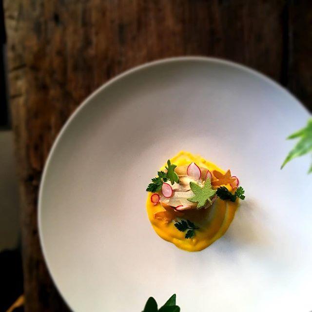 Nous sommes ouverts aujourd'hui le 10 mai !! On vous attend #foodlover #paris #accentstablebourse #gastronomy #ferie #placedelabourse #パリ #レストラン #gourmet