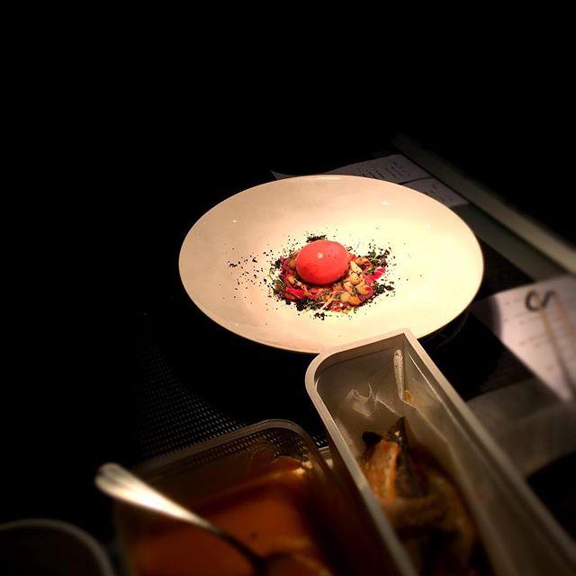 Œuf mollet, colonnata, chou rouge et shimeji----Soft-boiled egg, colonnata, red cabbage and shimeji#accentstablebourse #chef #restaurant #paris #gourmet #gastronomia #foodlover #foodie #foodpics @romainmahi #ayumisugiyama