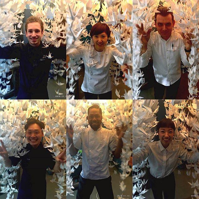 Équipe de Restaurant Accents On vous attend !#paris #restaurant #paris2 #accentstablebourse #equipe #food #gastronomie  #gastronomy #レストラン #パリ #パリ2区 #おりがみ #team